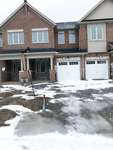 3 BEDROOM HOME ON RENT FOR FAMILY IN THOROLD - AVAILABLE NOW!