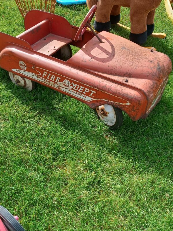 Rare Antique AMF hook and ladder  pedal fire truck