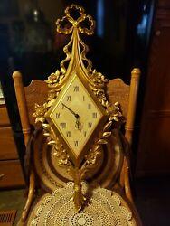 Vintage Antique Mid Century Modern  Syroco  Wall Clock Decorative Bowtie Top 31