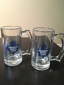 Toronto maple leafs brand new beer mugs / glasses with handle
