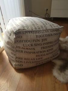Foot stool ottoman Valentine Lake Macquarie Area Preview