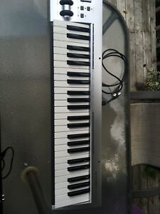 M-Audio KeyRig 49 MIDI keyboard