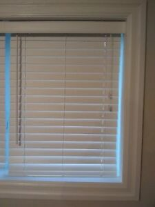 "3   2"" Faux Wood Blinds   32""W X 28"" L"