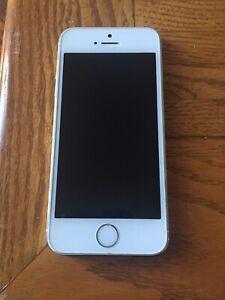 I phone 5s 16g LOCKED