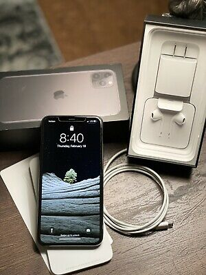 iPhone 11 Pro Max - 256GB - Space Gray (Verizon)Unlocked + Otter box Defender