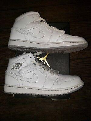 424b5d74eaa686 Nike Men s Air Jordan 1 - Size 11 US
