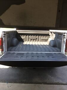 Pick up truck for delivery/pickup needs