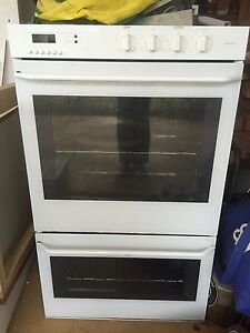 St George electric oven and grill in good working order Arcadia Hornsby Area Preview