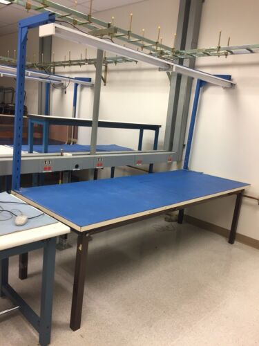 8 FOOT ASSEMBLY WORK TABLE WITH LIGHTS