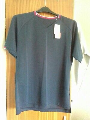 Uniqlo Roger Federer Tennis Top Brand new With Tags