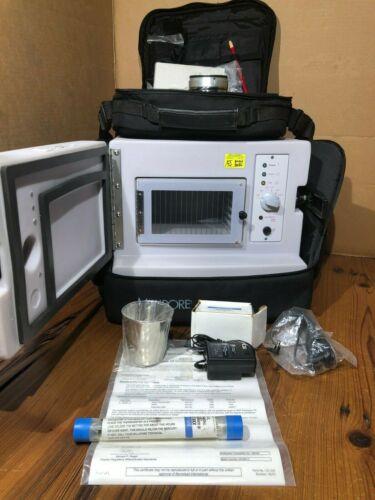 MILLIPORE XX6310000 Single Chamber Lab & Field INCUBATOR Water Testing Case