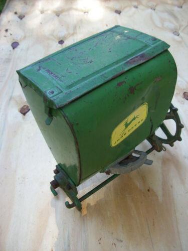 VINTAGE JOHN DEERE Planter Seeder Fertilizer Box Hopper #5