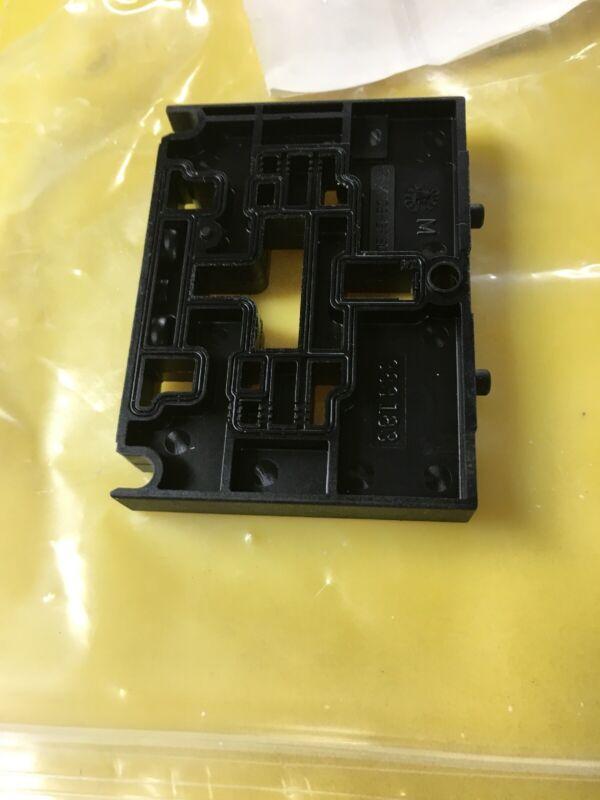 Festo PA XM06-GF50 Positioning Plate - Pneumatic Blanking Module