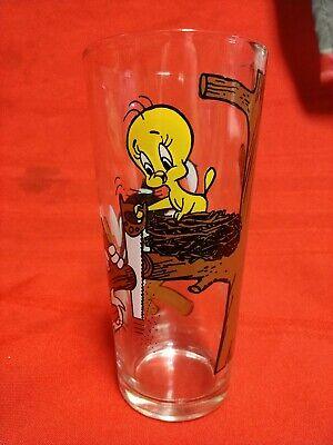 Vintage 1976 Warner Bros Pepsi Drinking Glass Sylvester & Tweety Looney Tunes