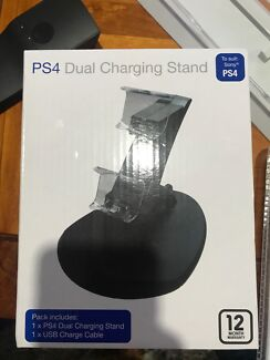 Brand new ps4 dual charging stand