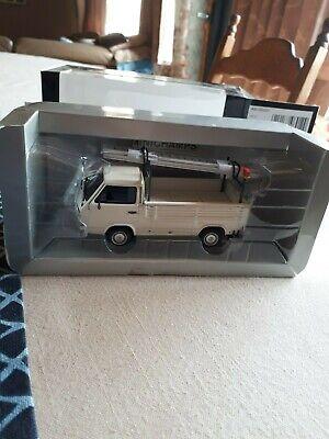 Vw  t3 pritschenwagen mit leitern white 1.43