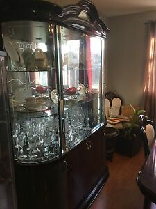 Buffet , Hutch, Table &Chairs