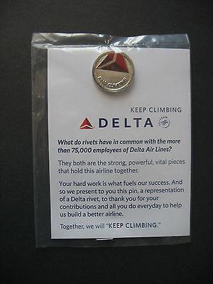 NIP DELTA AIR LINES - KEEP CLIMBING PIN - Employee pin back Airlines advertising