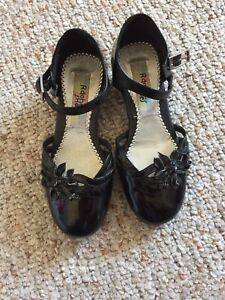Girls size 13 black dress shoes