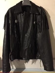Men's leather jacket (size Medium)