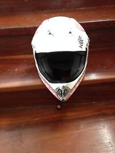 motor bike helmet Woodgate Bundaberg Surrounds Preview