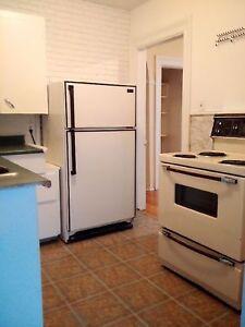 38 Cranston St. #5 - 1BR North, H&L, W/D, Pets, Deck™
