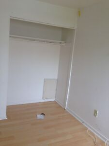 Room for rent 450