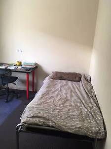 1 room available in Bentley , Close to Curtin (Immediate start) Bentley Canning Area Preview