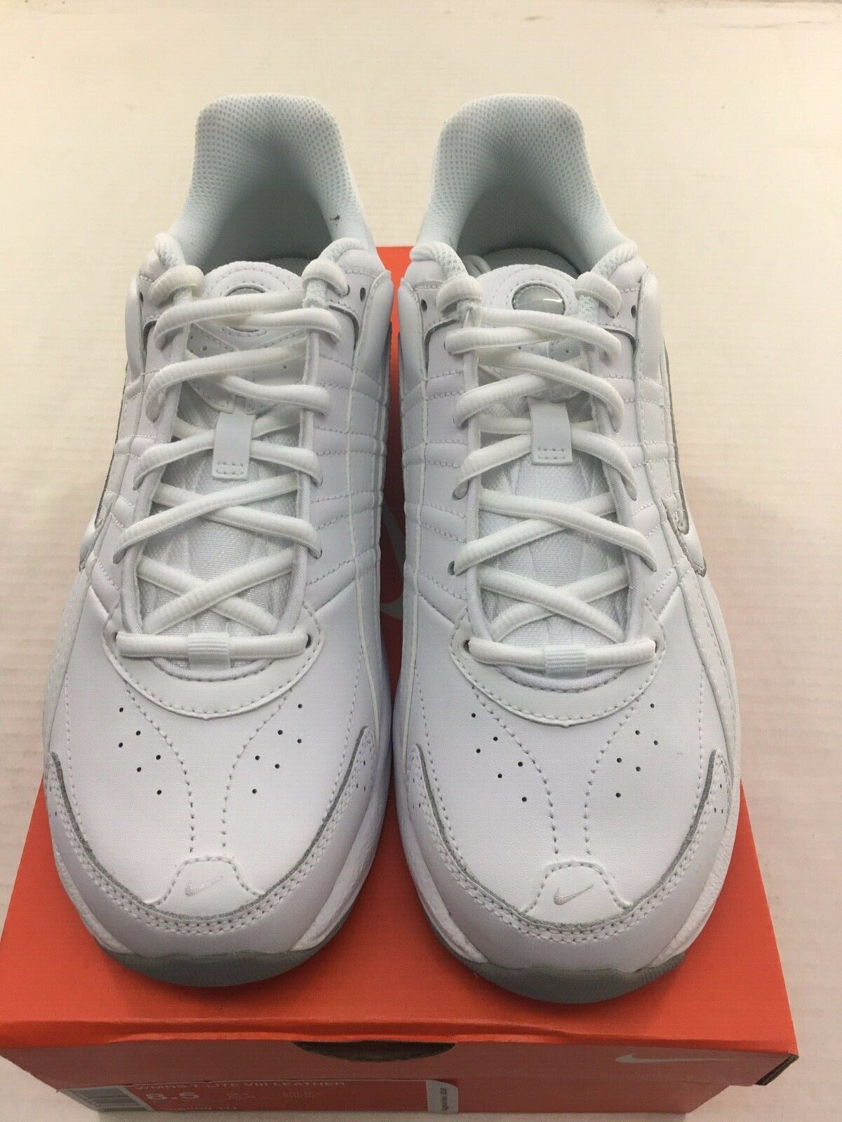 NEW Nike T-Lite VIII Women's White Leather Athletic 386508 111 Size 8.5 and 12 1