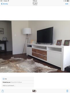 WHITE TV UNIT Natural TIMBER FEATURE DRAWERS 2.5m Long! Gladesville Ryde Area Preview