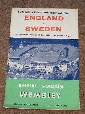 ENGLAND V SWEDEN INTERNATIONAL PROGRAMME APRIL 1959 CHARLTON GREAVES CLOUGH