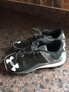 Under Armour Baseball Cleats ⚾️