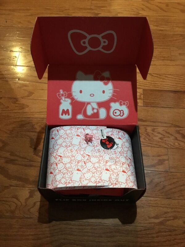Sanrio X Loot Crate Box (45th Anniversary) ~~ NIB