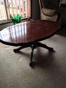 Coffee table Meadowbrook Logan Area Preview