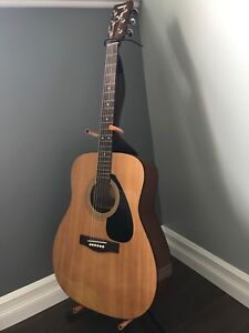 Great Sounding Yahmaha Acoustic Guitar