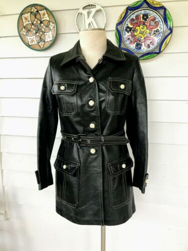 Vintage Womens Leather Black Belted Jacket Made in Turkey Size 10