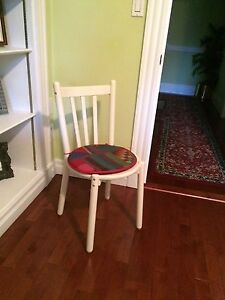 White painted wood chair