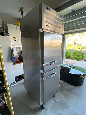 2 Split Half Door Refrigerator Freezer Reach In Stainless True Stg1dt-2hs