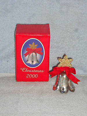 International Silver Silverplated Bell Engraved Christmas 2000 Gold Snowflake