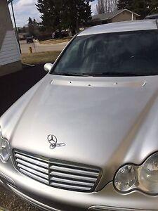 2005 Mercedes Benz C320