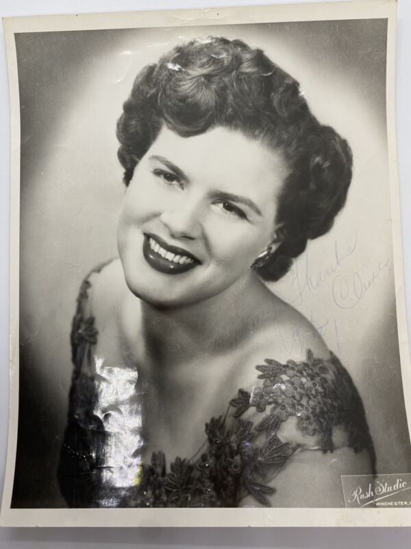 Patsy Cline HAND SIGNED Autographed Photo PSA/DNA Certified Authentic