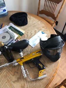 Empire e-grip gun with tank and mask