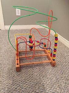 Wooden beads and wire maze