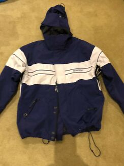 1bfed0100 Quicksilver baby snow suit size 3 mth