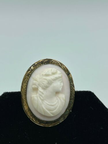 Antique Hand Carved Angelskin Coral Cameo & Gilt Sterling Pendant Pin