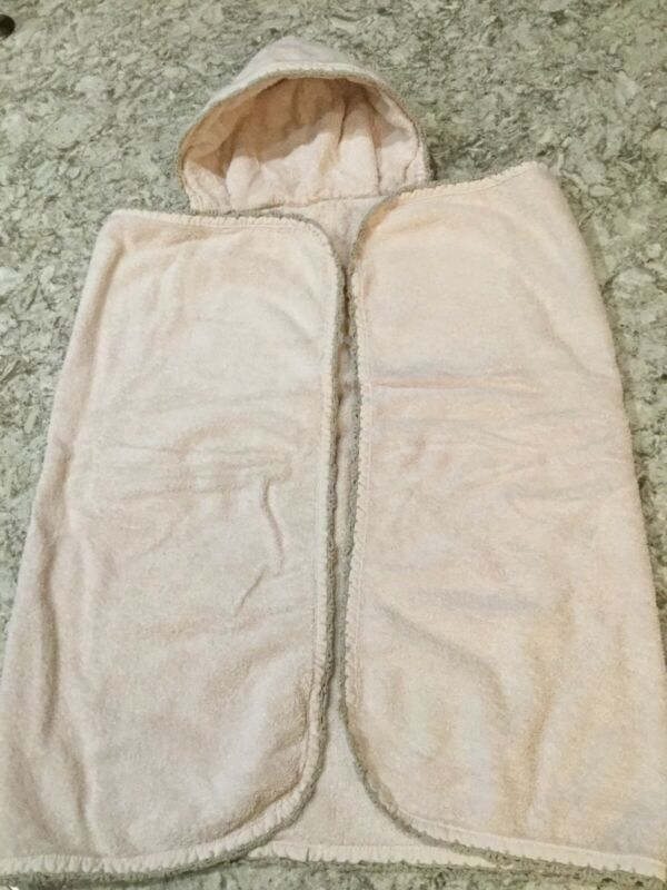 RESTORTATION HARDWARE Baby & Child Pink W/Taupe Trim Hooded Towel. Excel. Cond.