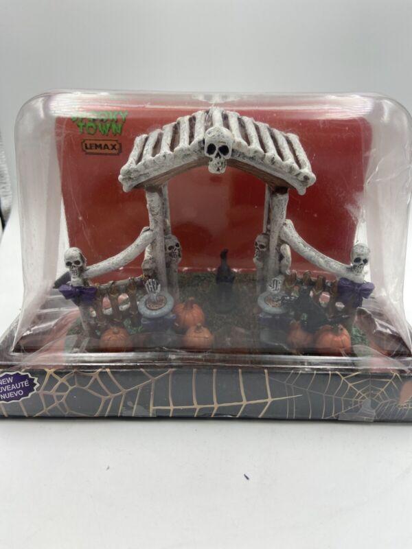 Lemax Spooky Town Bone Arbor # 43064