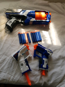5 NERF GUNS WITH 10 FOAM BULLETS