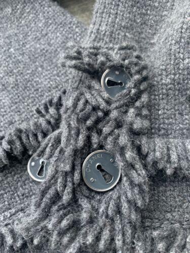 Tres joli  veste tweed chanel taille 36 cachemire