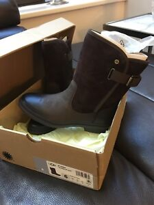 UGG waterproof boots ... size 6